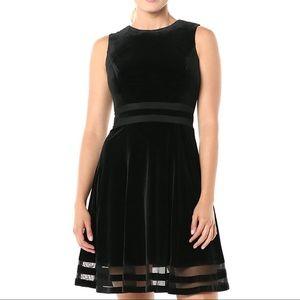 🆕 CALVIN KLEIN - black velvet dress - NWT